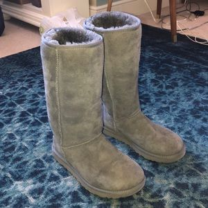 Uggs - tall gray size 8